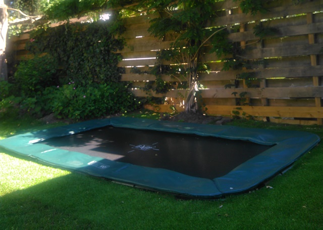 Exit trampoline 214 x 366 interra ground rechthoek
