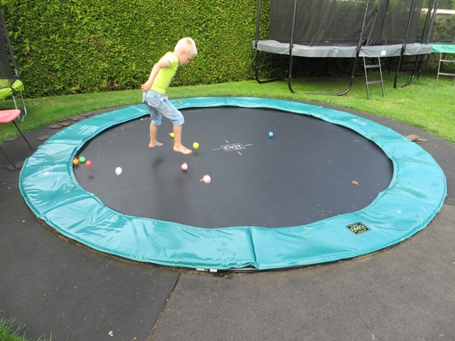 Exit Supreme Ground Level 305 trampoline
