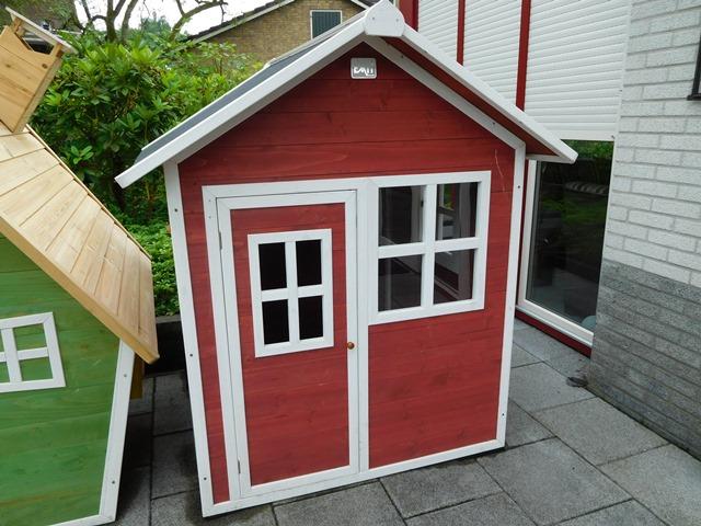 Speelhuisje Exit Loft 100 rood