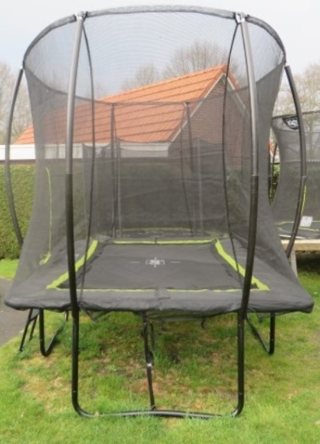 trampoline Exit Silhouette 244x366 cm