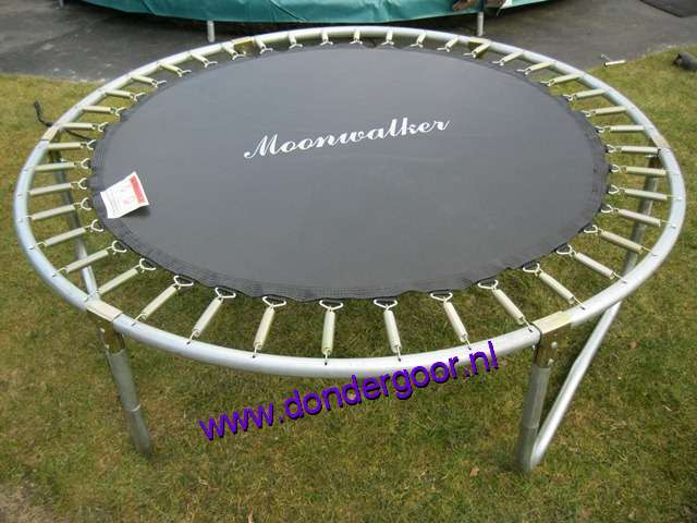 Springmat Moonwalker 244 cm trampoline